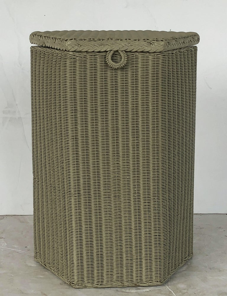 20th Century English Wicker Garden Hexagonal Linen Hamper by Lloyd Loom For Sale