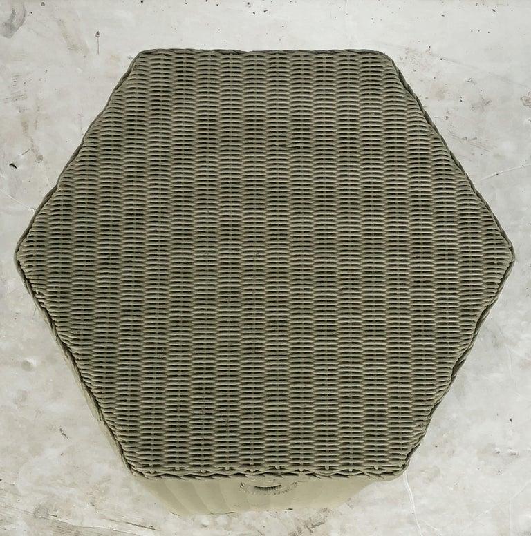 English Wicker Garden Hexagonal Linen Hamper by Lloyd Loom For Sale 3