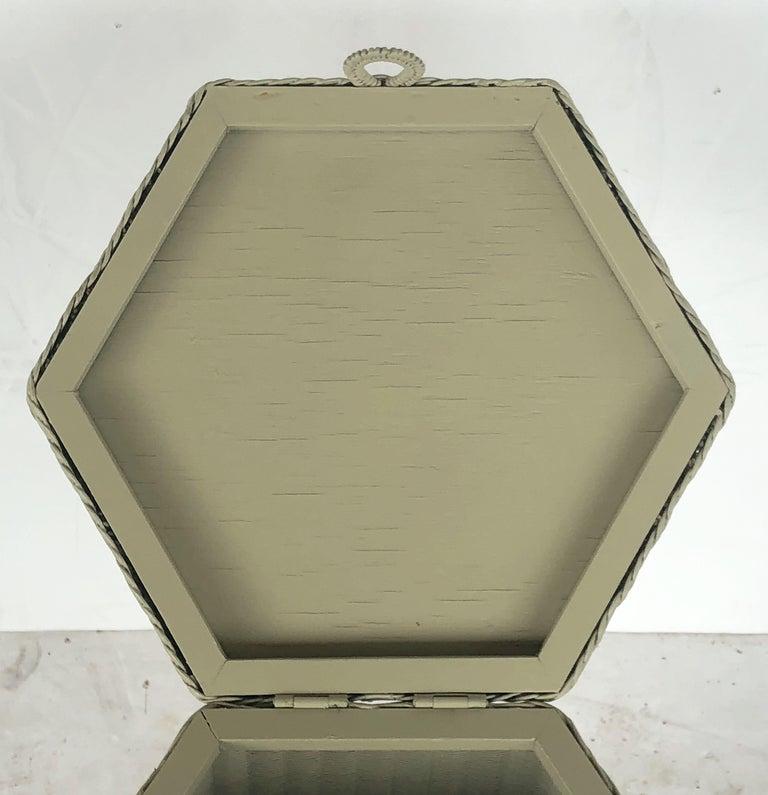 English Wicker Garden Hexagonal Linen Hamper by Lloyd Loom For Sale 4