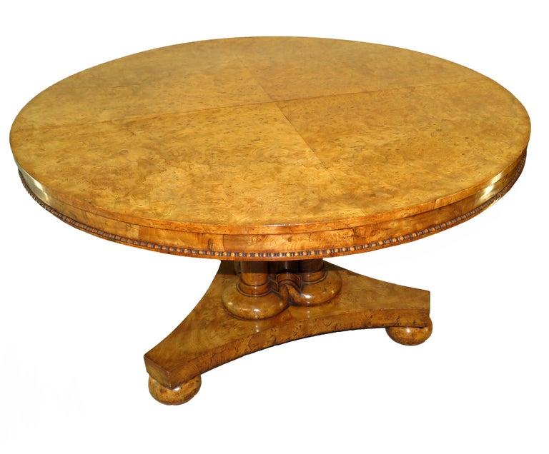 English William IV Burr Elm 19th Century Centre Table For Sale 7