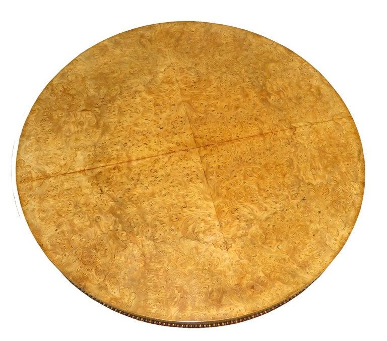 English William IV Burr Elm 19th Century Centre Table For Sale 1