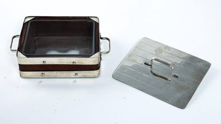 English Wood and Silver Plate Serving Box In Good Condition For Sale In Stamford, CT