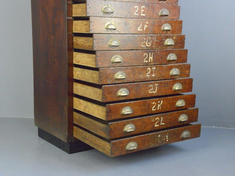 English Workshop Drawers, circa 1930s For Sale 3