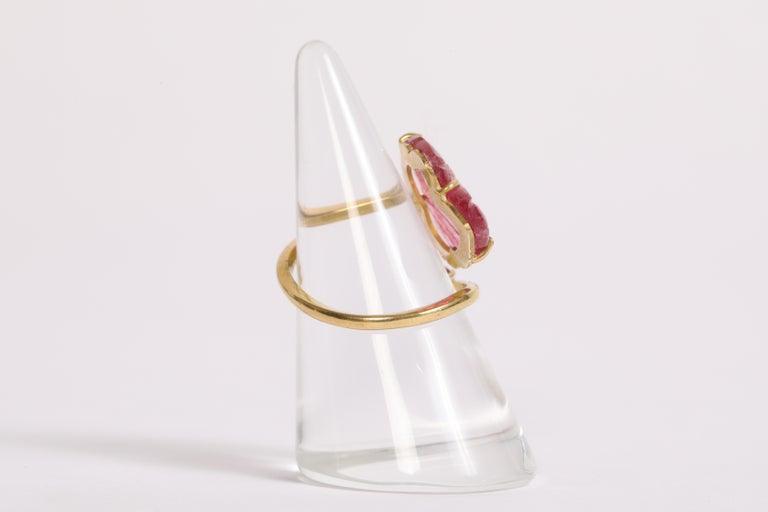 Engraved Pink Tourmaline Leaves Ring Created by Marion Jeantet For Sale 1
