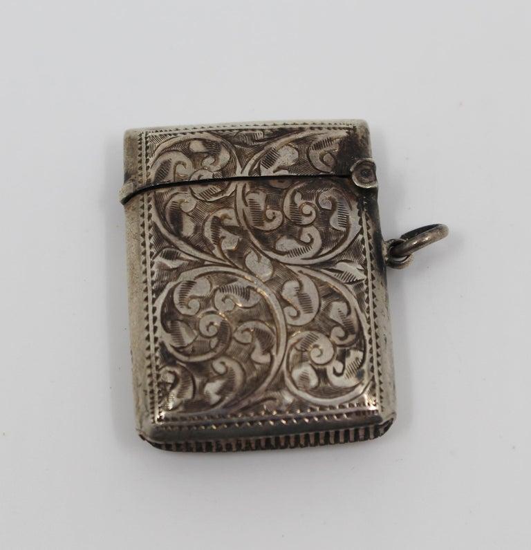 20th Century Engraved Sterling Silver Vesta Case, Birmingham, 1915 For Sale
