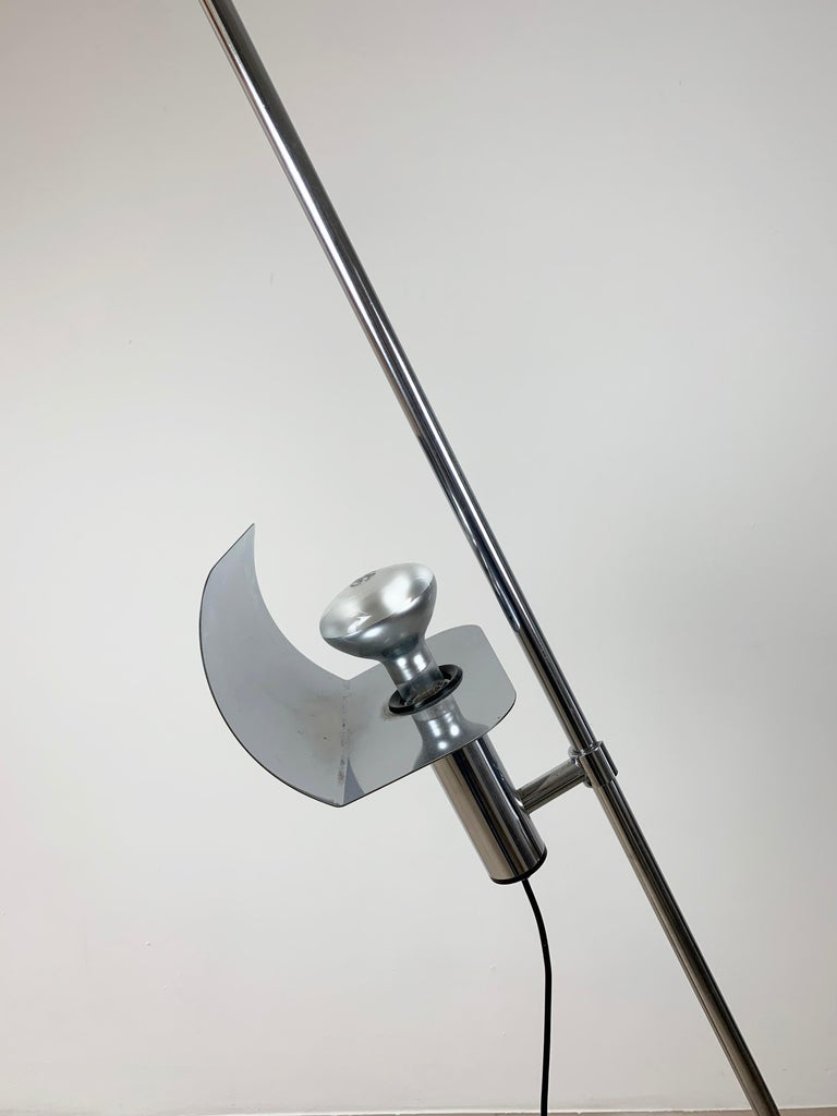 Italian Ennio Chiggio 'Jota' Chrome Floor Lamp for Lumenform, 1970s For Sale