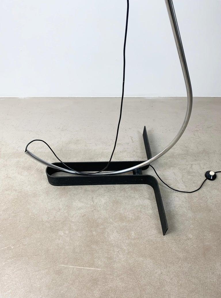Late 20th Century Ennio Chiggio 'Jota' Chrome Floor Lamp for Lumenform, 1970s For Sale