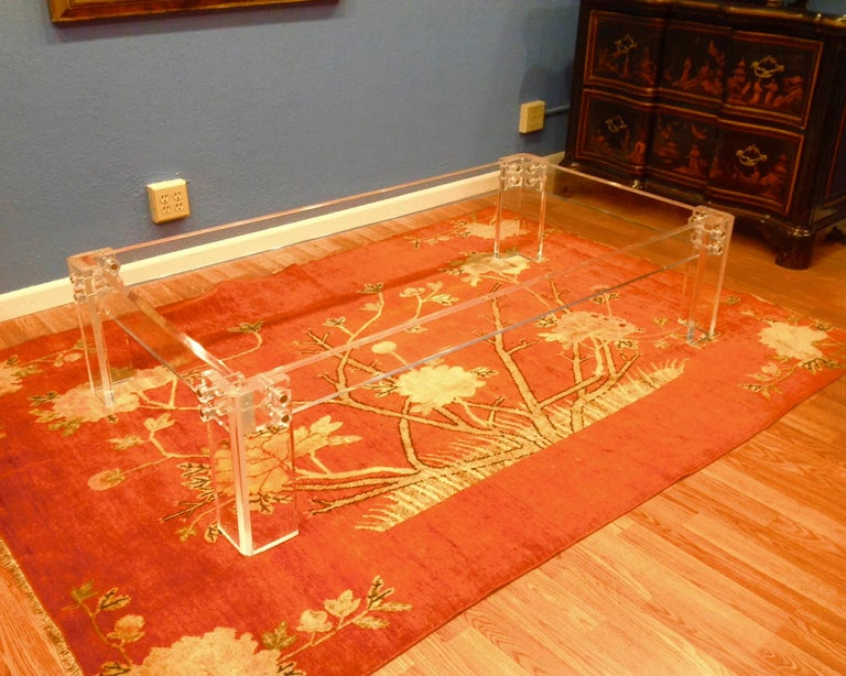 Enormous Lucite Cocktail Table In Good Condition For Sale In West Palm Beach, FL