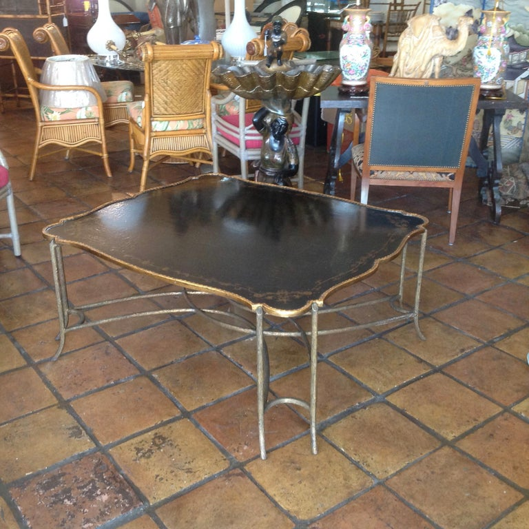 Enormous Tray Top Style Coffee Table In Good Condition For Sale In West Palm Beach, FL