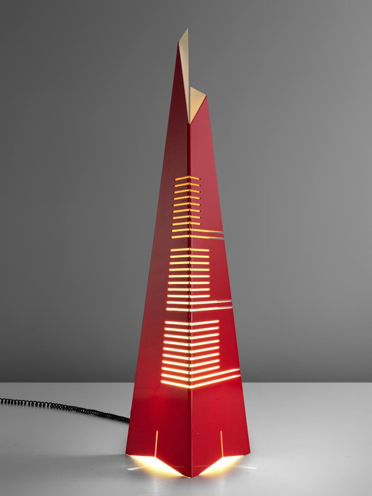 Enrico Tronconi, 'Il Personaggi' floor lamp, acrylic, Italy, 1972  This Post Modern floor lamp by Enrico Tronconi reminds of a futuristic skyscraper. The pyramid shaped lamp consists of one acryclic sheet that is folded at several places, which