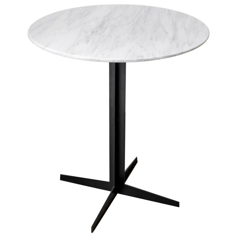 Ensemble Steel and White Marble Side Table For Sale