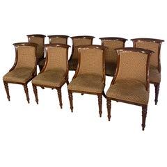 Ensemble de neuf chaises et d'un fauteuil de salle à manger