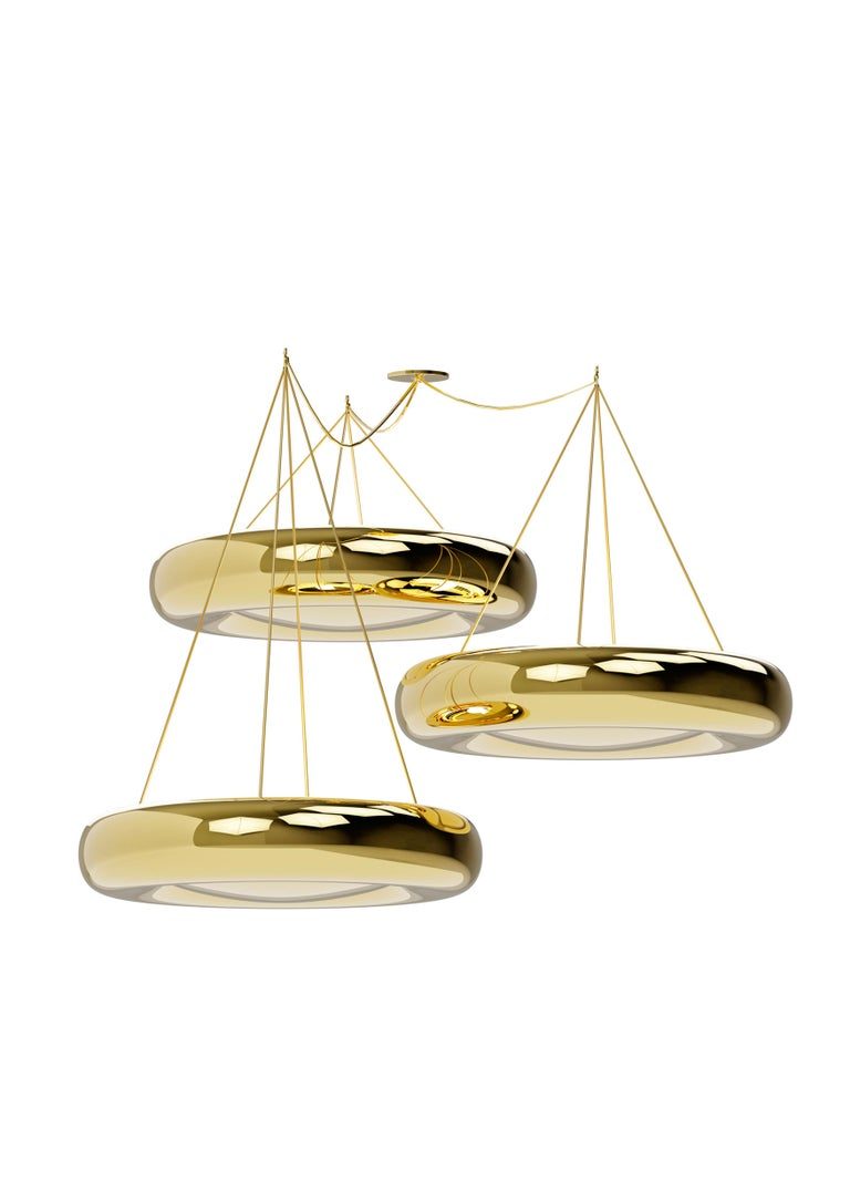 Marshmallow ceiling lamp - Royal Stranger Dimensions: 17 x 75 x 75 cm (each one) Sizes for each element. The total height is adjustable. Material: Brass (also available in Copper or Stainless Steel in polished or brushed finish.).  Composed by