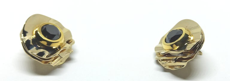Envious Eyes will Roll with Contemporary One of a Kind Black Diamond Earrings For Sale 4