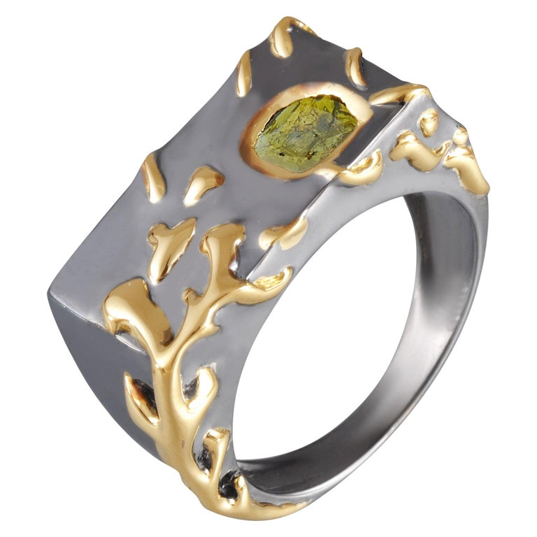 Envious Eyes will Roll with Contemporary One of a Kind Colored Diamond Gold Ring For Sale