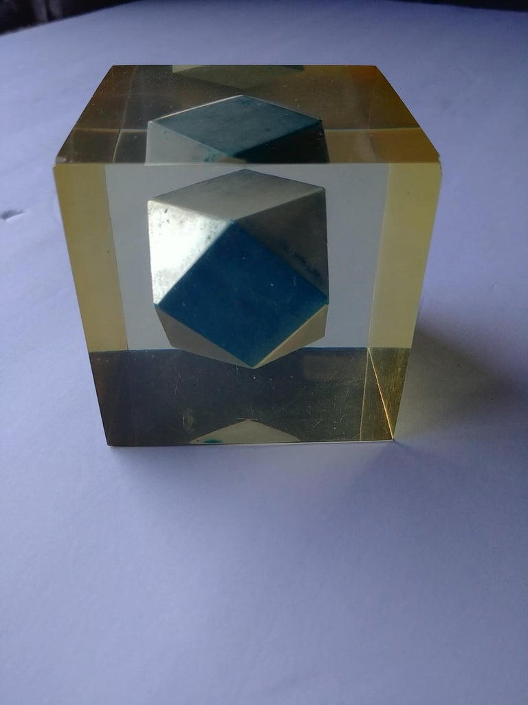 Mid-20th Century Enzo Mari, Rare Resin Cube, Sculpture, Paperweight, with Polyhedral Inside For Sale