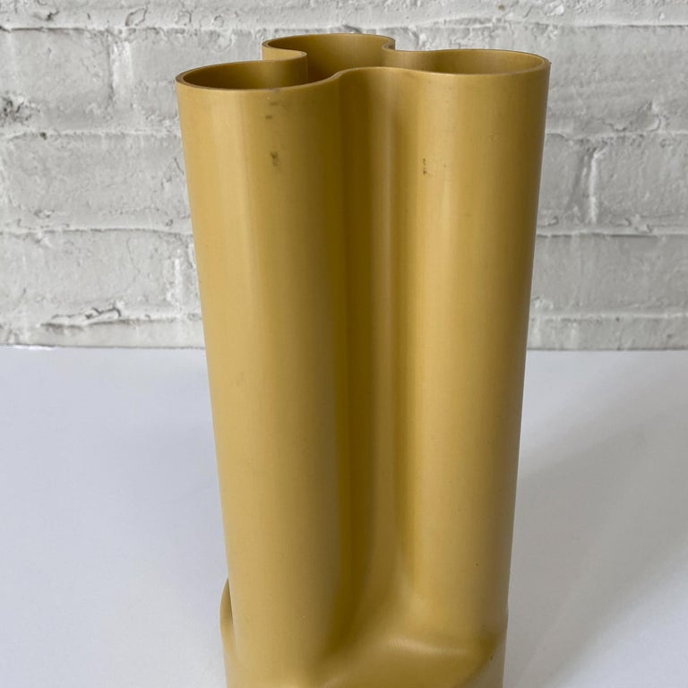 Late 20th Century Enzo Mari Trifoglio Vase for Danese
