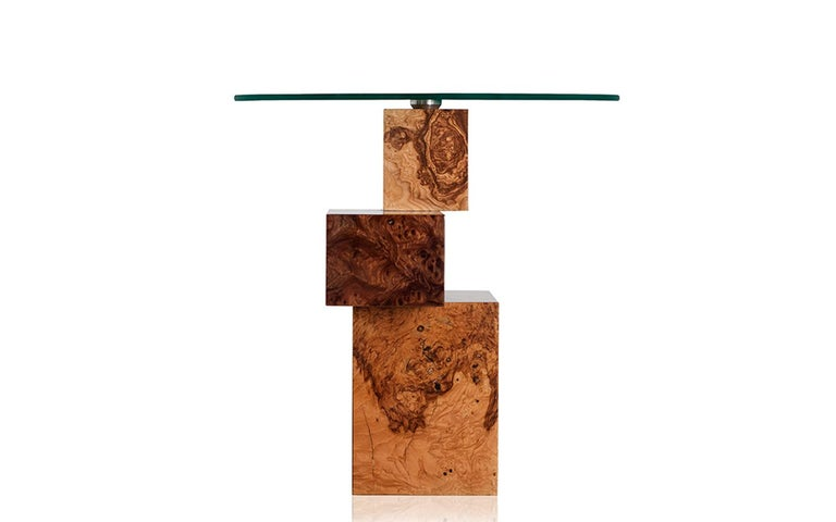 The handmade Equilibrium side table confers originality and freshness into your home. Part of the Equilibrium Colors collection, it is influenced by trends in high-fashion melded with inspiration from the natural world—the result is volumes of