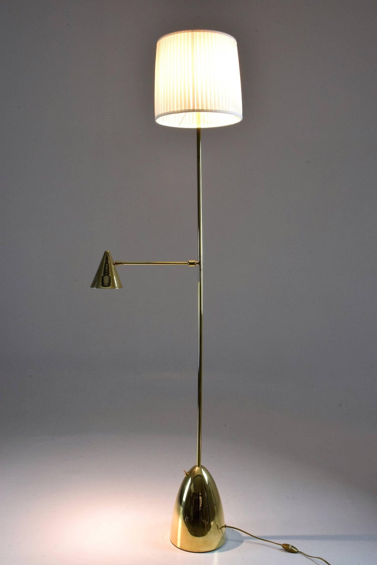 Organic Modern Equilibrium-IV Contemporary Double Light Brass Floor Lamp, Flow Collection For Sale
