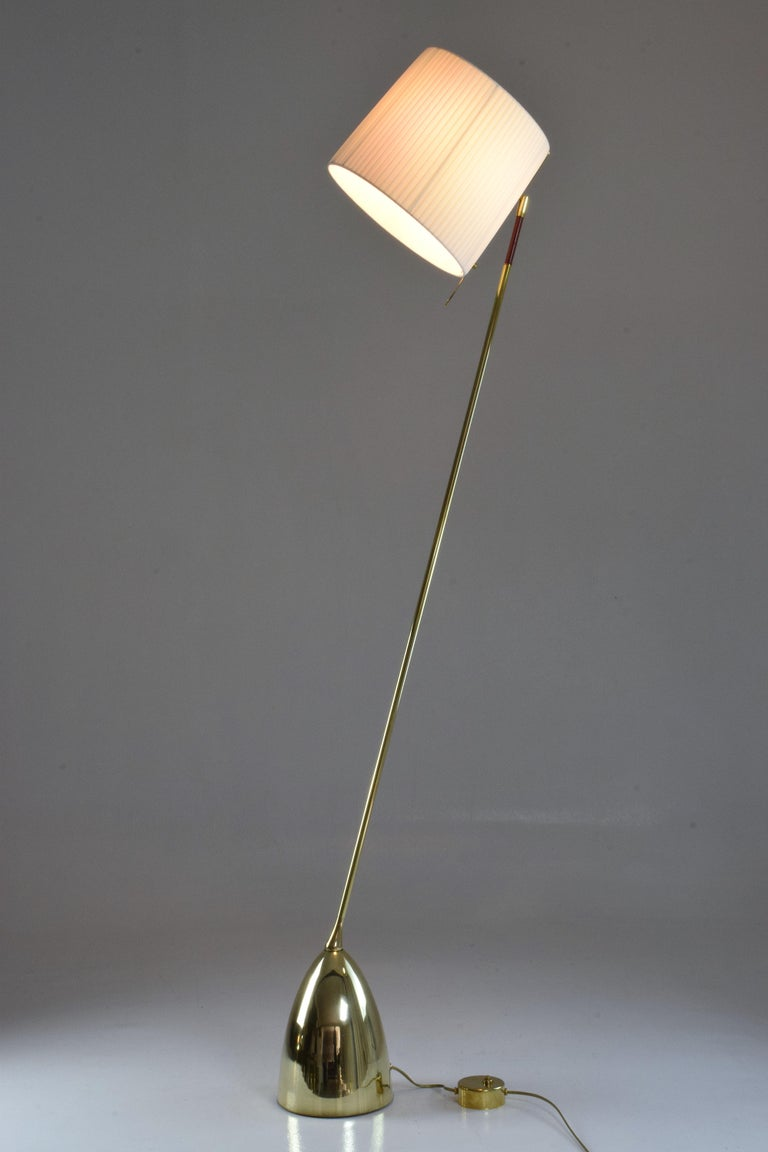 Organic Modern Equilibrium-IV Contemporary Tall Articulating Brass Floor Lamp, Flow Collection For Sale