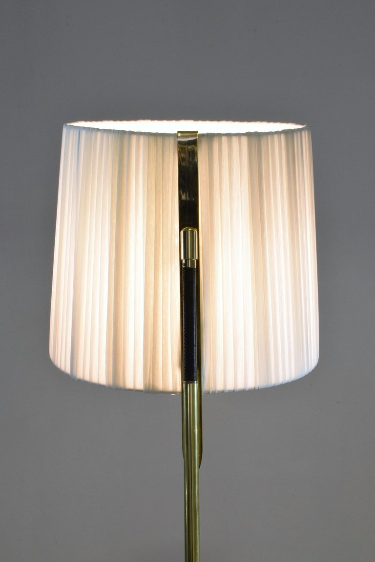 Equilibrium-VII Tall Brass Articulating Floor Lamp, Flow Collection For Sale 6