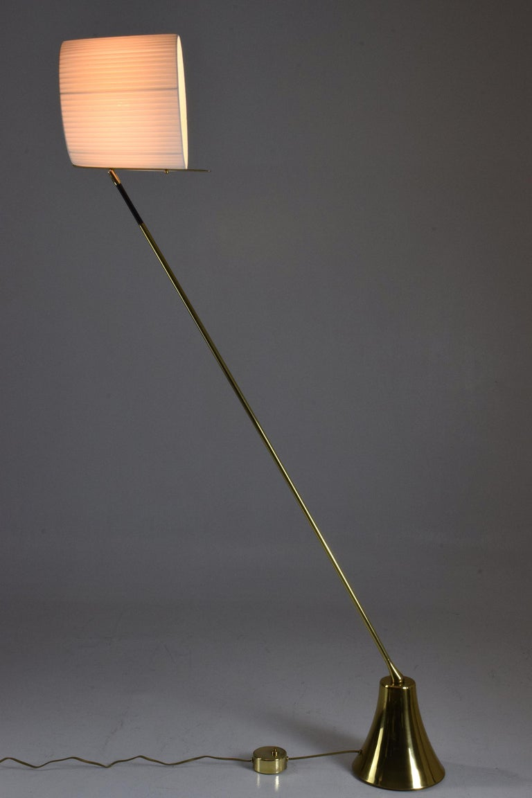 Organic Modern Equilibrium-VII Tall Brass Articulating Floor Lamp, Flow Collection For Sale