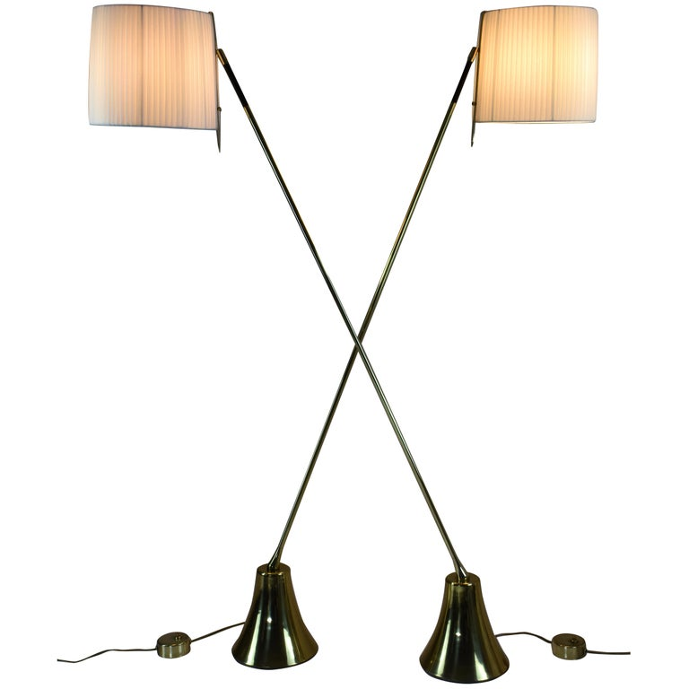 Equilibrium-VII Tall Brass Articulating Floor Lamp, Flow Collection For Sale