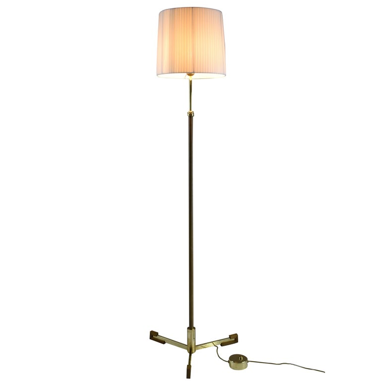 Equilibrium-II MII Adjustable Leather Floor Lamp, Flow Collection