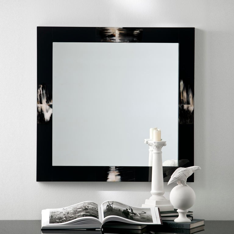 Hand-Crafted Erasmo Wall Mirror in Black Lacquered Wood with Dark Horn Inlays, Mod. 1420 For Sale