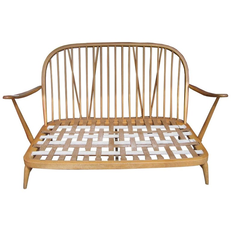 Ercol Spindleback Settee and Lounge Chair Set For Sale