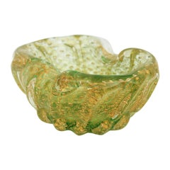 Ercole Barovier Toso Murano Glass Ribbed Bowl with Gold Flecks and Air Bubbles