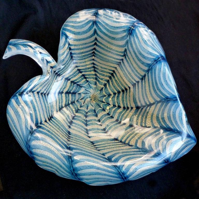 Hand-Crafted Ercole Barovier Toso Murano Gold Flecks Blue Spiderweb Italian Art Glass Bowl For Sale