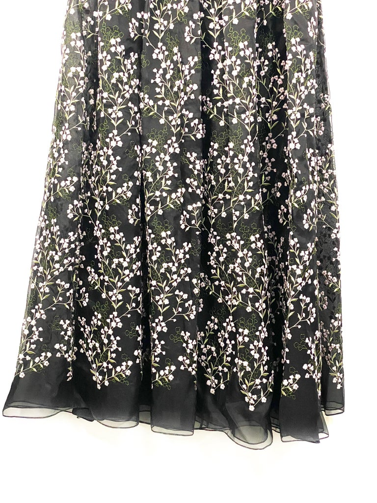Women's Erdem Black Silk and Floral Pattern Evening Dress Size 8 For Sale