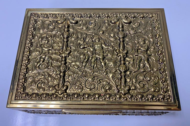 Erhard & Sohne Cherub Brass Box, Germany, circa 1920 In Good Condition For Sale In Toronto, Ontario
