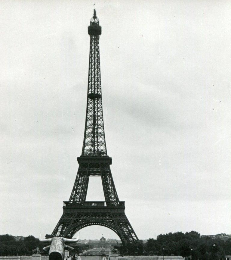 Eifeltower, Paris, 1955 For Sale 1