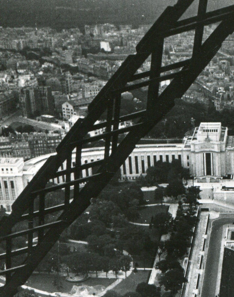 Eifeltower, Paris, 1955 For Sale 2