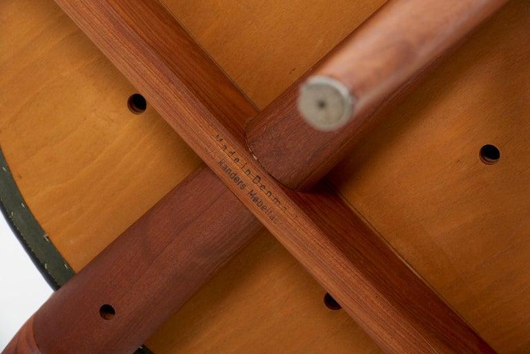 Erik Andersen & Palle Pedersen Chair in Teak, Leather for Randers, Denmark 1960s For Sale 10