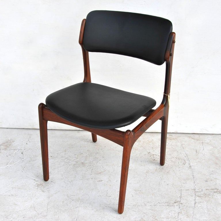 Erik Buch For O.D. Mobler Danish Rosewood Side Chair In Good Condition In Pasadena, TX