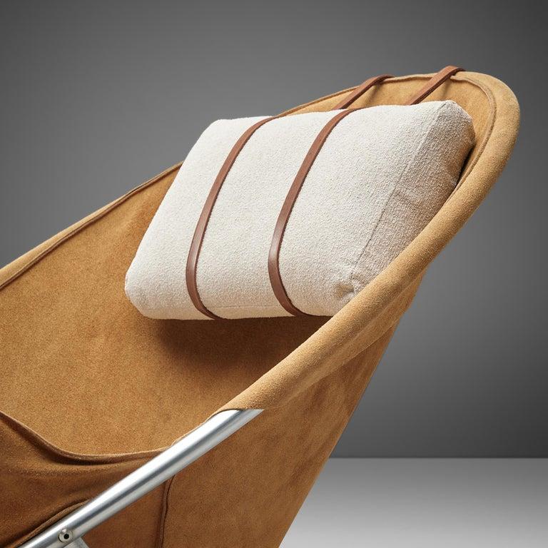 Erik Jørgensen Pair of Lounge Chairs in Cognac Suede In Good Condition For Sale In Waalwijk, NL