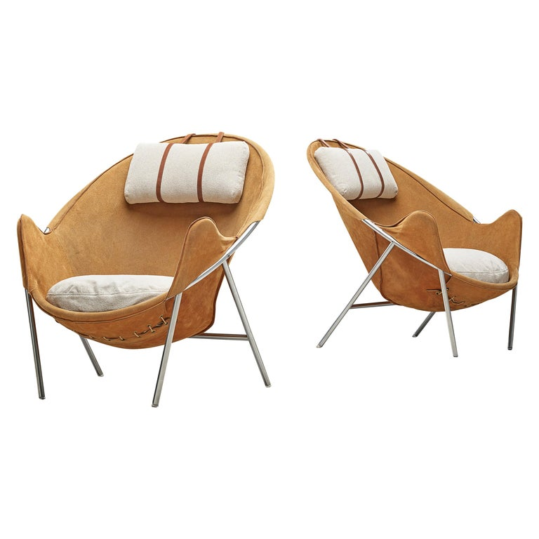 Erik Jørgensen Pair of Lounge Chairs in Cognac Suede For Sale