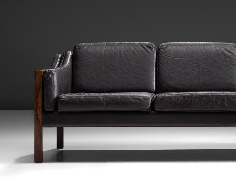 Erik Jørgensen Sofa in Dark Brown Leather and Rosewood In Good Condition For Sale In Waalwijk, NL