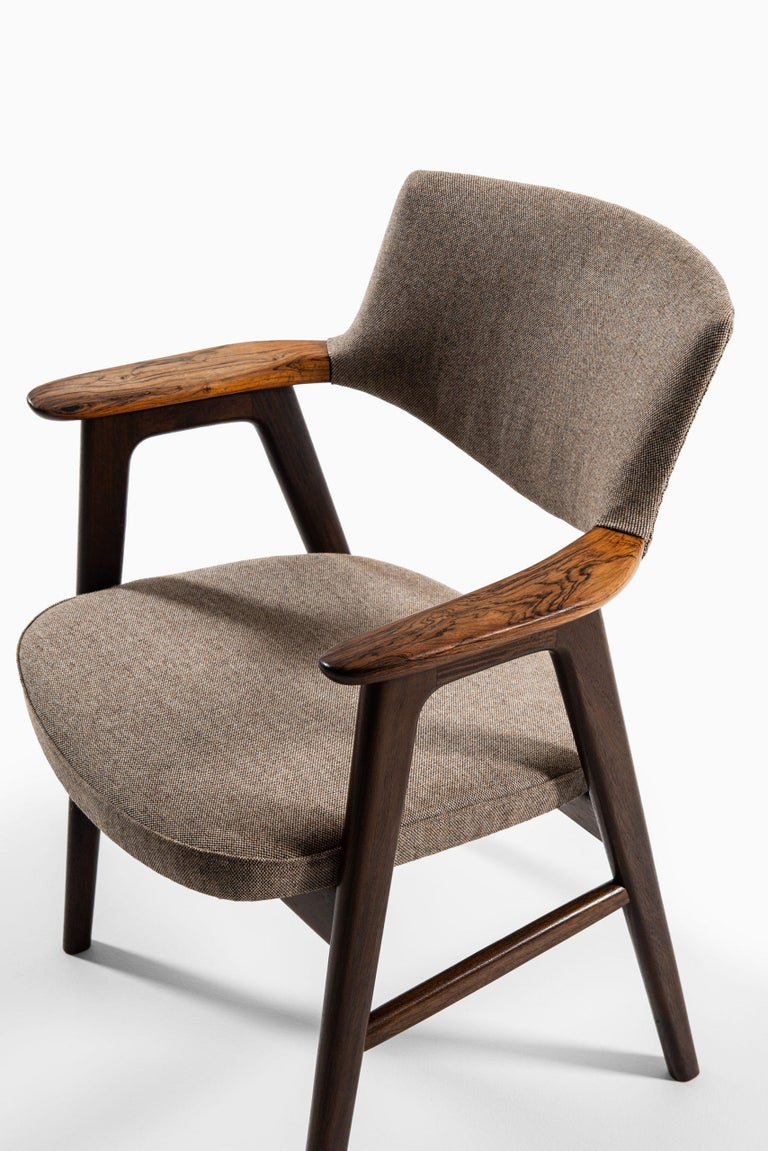 Erik Kirkegaard Armchairs / Dining Chairs by Høng Stolefabrik in Denmark For Sale 3