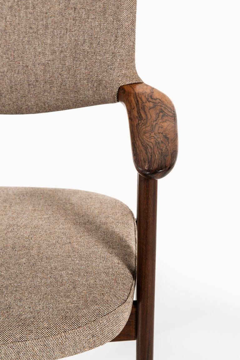Danish Erik Kirkegaard Armchairs / Dining Chairs by Høng Stolefabrik in Denmark For Sale