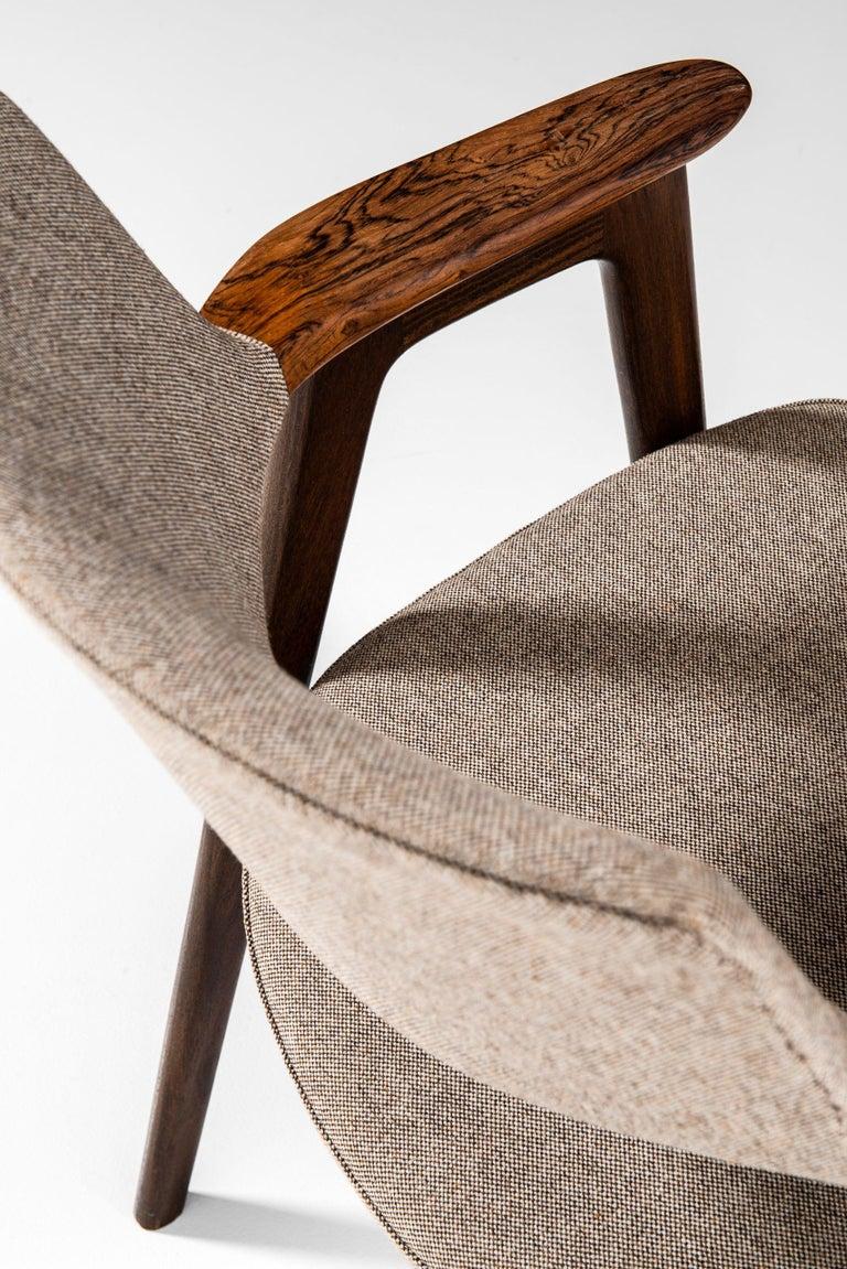 Erik Kirkegaard Armchairs / Dining Chairs by Høng Stolefabrik in Denmark For Sale 2