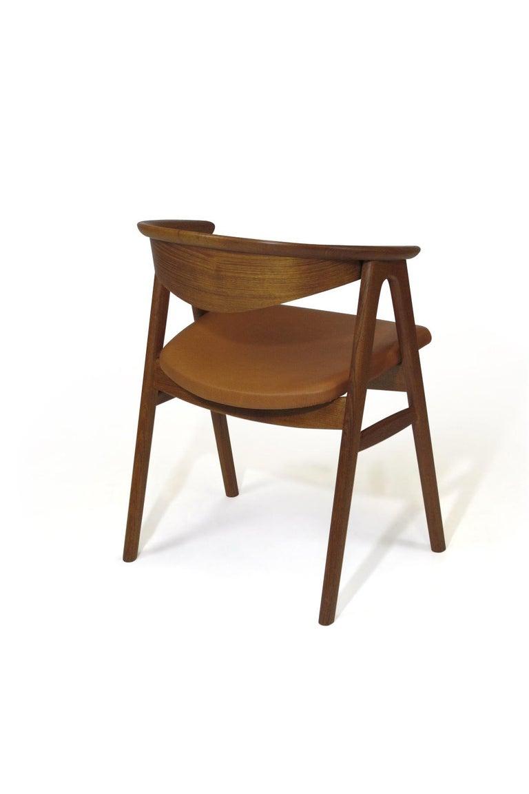 Erik Kirkegaard Danish Teak Dining Chairs in Saddle Leather In Excellent Condition In Berkeley, CA