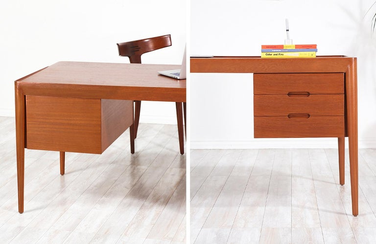 Erik Riisager Hansen Executive Teak Desk for Haslev Møbelsnedkeri For Sale 12