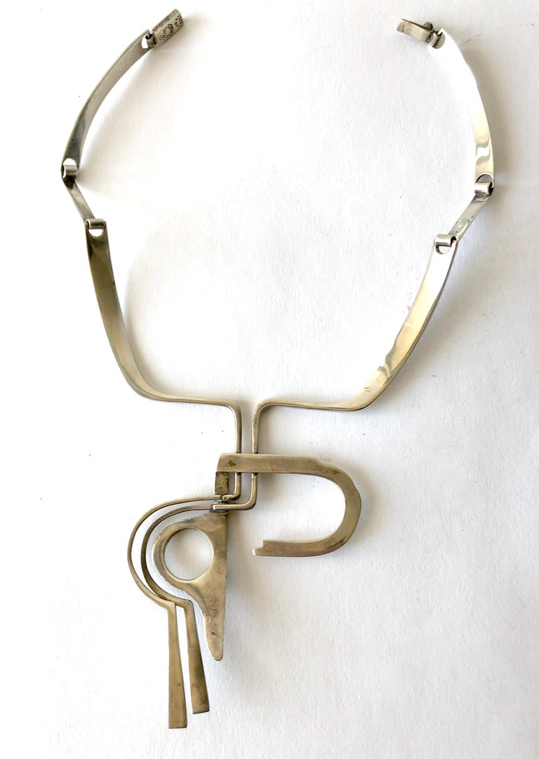 Erika Hult de Corral Ric Mexican Abstract Modern Sterling Silver Necklace In Good Condition For Sale In Los Angeles, CA