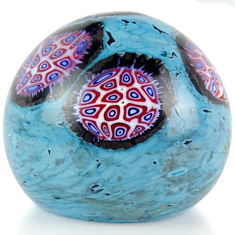 Mid-Century Modern Ermanno Toso Murano Blue Pavone Murrine Mosaic Italian Art Glass Paperweight For Sale