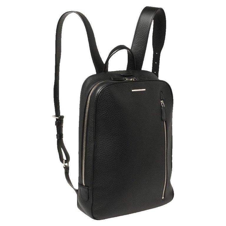 Ermenegildo Zegna Black Grained Leather Backpack In Good Condition In Dubai, Al Qouz 2