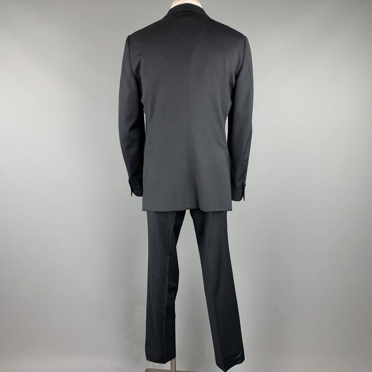 ERMENEGILDO ZEGNA Size 42 Regular Black Wool Notch Lapel Suit In Excellent Condition For Sale In San Francisco, CA